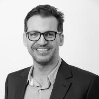 Dr Adam Castricum